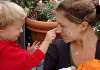 Sunscreen Tips for Parents